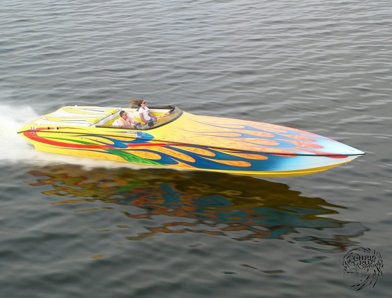 velocity-power-boats-2006-4